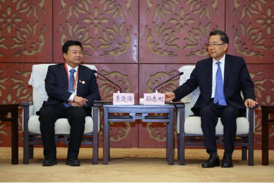 广药董事长李楚源出席广东·贵州