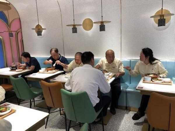 """谷田稻香携手停享乐公益活动,邀上海300名""""的哥""""免费用餐!"""
