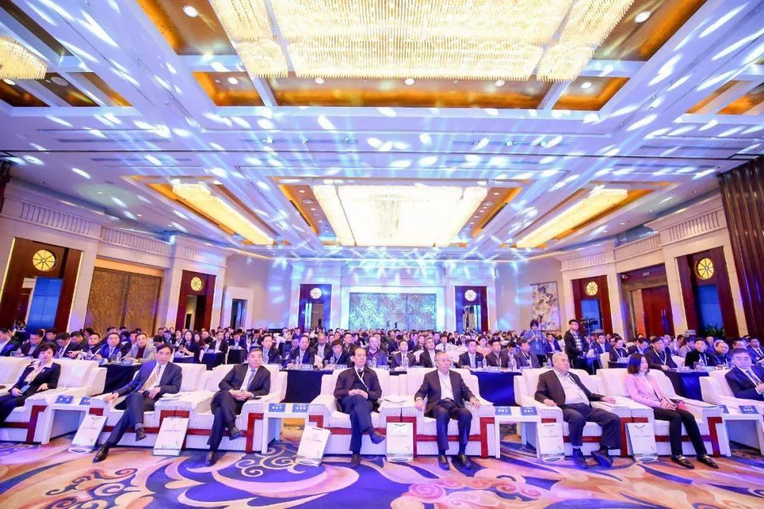 华润置地应邀走进百强高峰论坛,为世界城市群缔造商务新坐标